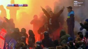 ++ Calcio: Italia-Croazia; nuovo stop per lancio petardi ++