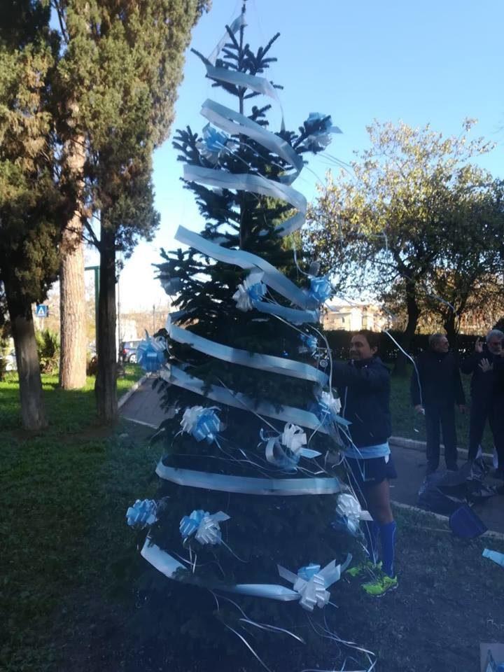 Albero Di Natale 8 Dicembre.L Albero Di Natale Della Lazio Atletica Foto Laziopress It